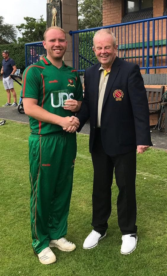 T20 Trophy Final 2019 Man of the Match - Ross Boultwood with Richard Johnson